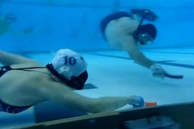 Chicago Underwater Hockey Club scores big at two Chicago university pools.