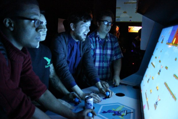 Gamers Pack Logan Arcade For Chance To Play Rare 10 Player Game Logan Square Chicago Dnainfo