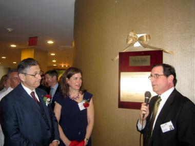 Downtown Hospital CEO Jeffrey Menkes, right, unveiled a plaque with Assembly Speaker Sheldon Silver and Community Board 1 Chairwoman Julie Menin in May 2011.