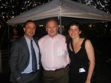 Parks Commissioner Adrian Benepe (r) and Northern Manhattan Parks Administrator (r) honor journalist Jim Dwyer at the 2010 wine tasting soiree.