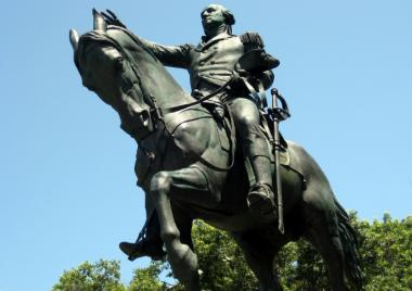 The Parks Department nixed an artist's plan to dress up the George Washington statue in Union Square to look like a tourist.