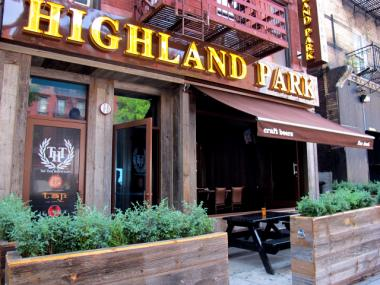 Highland Park, on East 34th Street between Second and Third avenues, is the old Bar XII, all grown up.