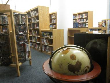 The new school building at 26 Broadway has a spacious library.