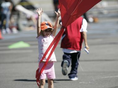 A little girl few a kite at last year's event.