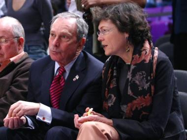 New York City Mayor Michael Bloomberg and girlfriend Diana Taylor attend the game between the New Jersey Nets and the New York Knicks at Madison Square Garden March 18, 2009 in New York City.