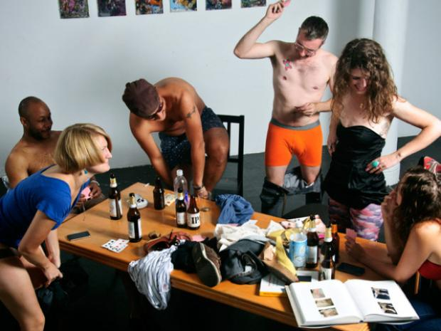 Strip poker men