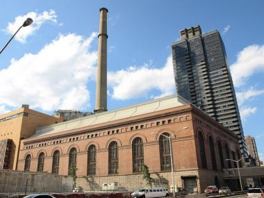 The Con Edison Plant at East 74th Street along the FDR Drive will be converting from No. 6 oil to natural gas.