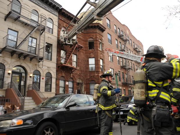 Firefighter Injured In Brooklyn Fire Crown Heights Prospect Heights Prospect Lefferts