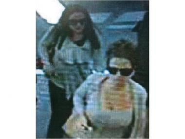 Police are looking for two women who made purchases with stolen credit cards on Staten Island.