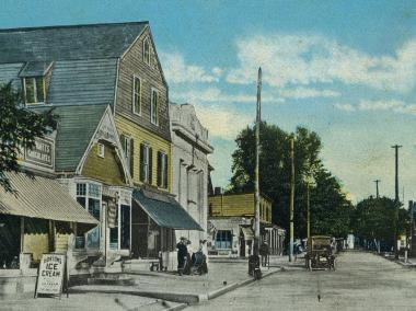 A postcard shows a scene from Lower Main Street in Tottenville, a small town at the southern tip of Staten Island.