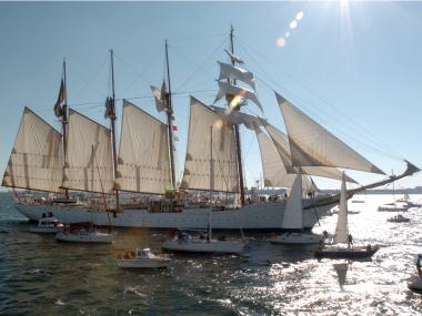 The Juan Sebastian De Elcano, a training ship for the Royal Spanish Navy, will port in Brooklyn.