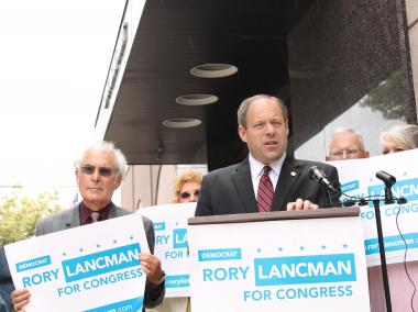 Assemblyman Rory Lancman urges for lifting the social security tax cap on high income earners.