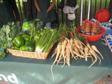 The Myrtle Avenue Farm Stand comes to Fort Greene for its third year.