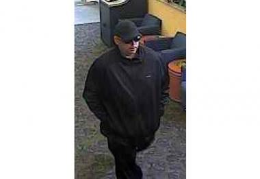 Police are looking for this man in connection with bank robberies in Staten Island and Brooklyn.