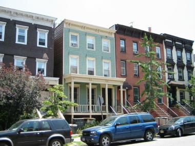 The Wallabout District in Clinton Hill has the  largest concentration of pre-Civil War frame houses in the city.