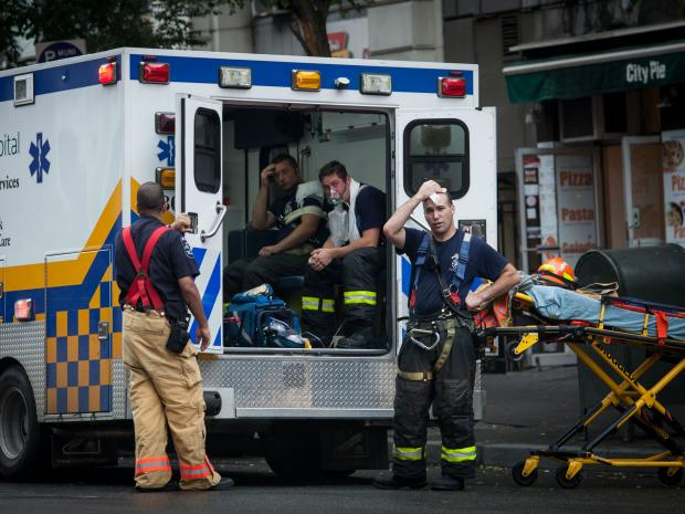 An all-hands fire broke out on the Upper West Side Tuesday Sept. 18 at a West 72nd Street building that housed a pizza joint and a U.S. Army recruiting center.