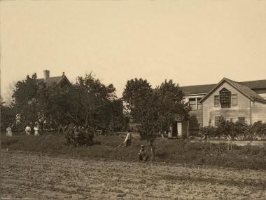 "A exhibit at the Museum of the City of New York, ""From Farm to City: Staten Island, 1661-2012,"" highlights the history of land use in the borough."