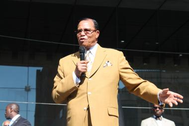 Louis Farrakhan, head of the  Nation of Islam , told crowds in Harlem Tuesday that they held the power to stop the violence that has plauged the city this summer.