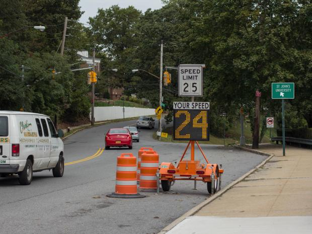 After the Ron Tillman was fatally struck by a hit-and-run driver on Howard Avenue in February, the DOT has installed a new traffic light on the Grymes Hill Street.