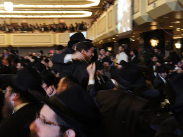 Nearly 5,000 rabbis from Brooklyn's Chabad-Lubavitch movement converged on Midtown Nov. 11, 2012.