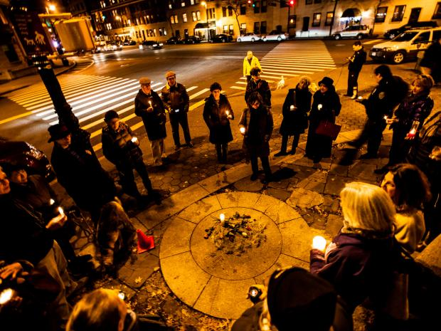 New Yorkers gathered across the city on December 15 to pay tribute to the 28 that were killed in Newtown Connecticut Friday, 20 of whom were young children.
