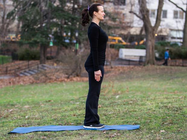 "Sheryl Dluginski gives a step-by-step guide to a four-count ""CrossFit"" burpee exercise workout in Central Park on Dec. 11, 2012."