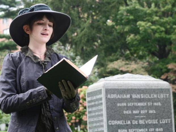 Maple Grove Cemetery in Kew Gardens is organizing holiday caroling on Friday.