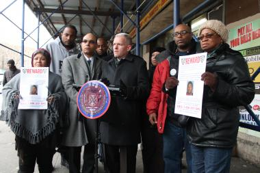 Long Island City leaders called on the community to help find the suspect in Saturday's fatal shooting.