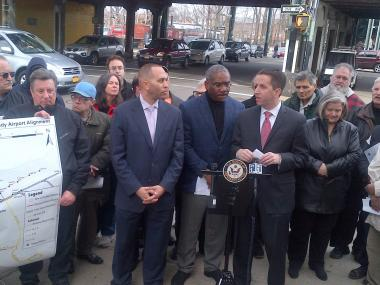 Reps. Greg Meeks and Hakeem Jeffries, along with Assemblyman Phillip Goldfeder endorsed the plan to reactivate the abandoned Rockaway Beach Rail Line.