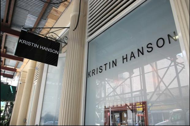 A man swiped an emerald ring from the Kristin Hanson jewelery store on April 16, police said.