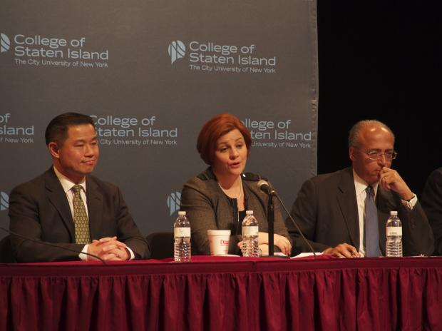 The Staten Island Democratic clubs sponsered a forum for the candidates on Monday night.
