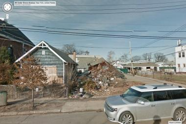 Google as updated their Street View feature to show images of neighborhoods that were damaged after Hurricane Sandy.