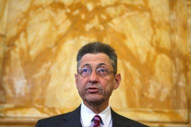 Assembly Speaker Sheldon Silver said he'd seek Assemblyman Vito Lopez's ouster.