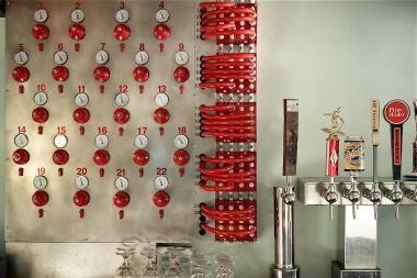 A custom-built flux capacitor will soon make its home in the new Upper East Side beer hall Treadwell Park.