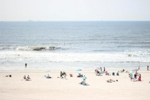 "Some ""hot"" tips on where to go in Long Island this summer."
