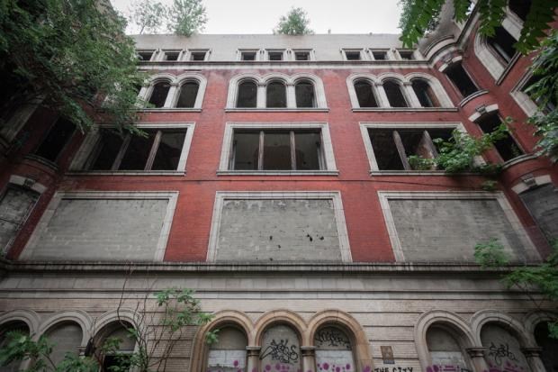 After years of consternation and a long-delayed plan to build a Boys and Girls Club and residential housing at the abandoned P.S. 186 on West 145th Street in Harlem, developers and officials from the nonprofit say there may be a light at the end of the tunnel.