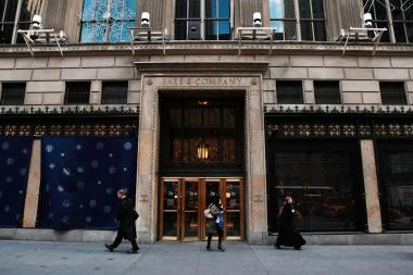 Saks Fifth Avenue's flagship store at 611 Fifth Ave.