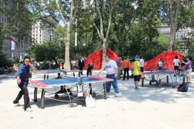 Delta hosted a day of free ping pong at the park, and kicked off the event with a celebrity tournament.