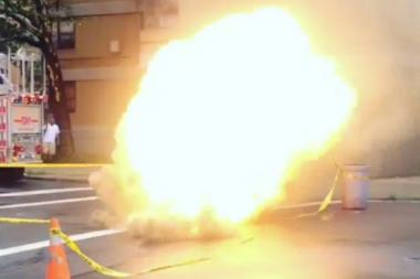 A manhole fire broke out in Williamsburg at the corner of Maujer and Humbolt streets Tuesday afternoon.