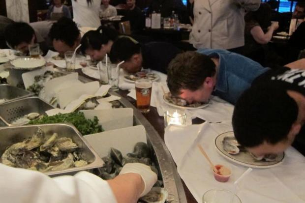 London Lennie's is organizing its annual Oysterfest in September.