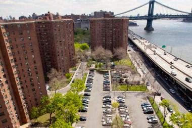 The NYPD failed to share some information about violent crimes in public housing with NYCHA, according to a report released Tuesday.