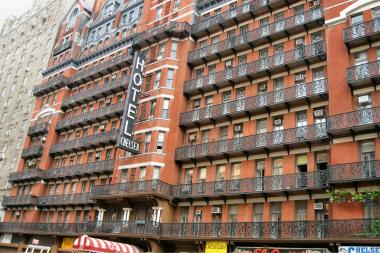 There has been no construction at the Hotel Chelsea since its previous owners withdrew permits in December.