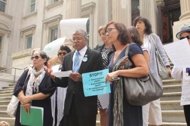 Parents from across the city gathered outside of Tweed Courthouse Tuesday to tell the DOE to back off.