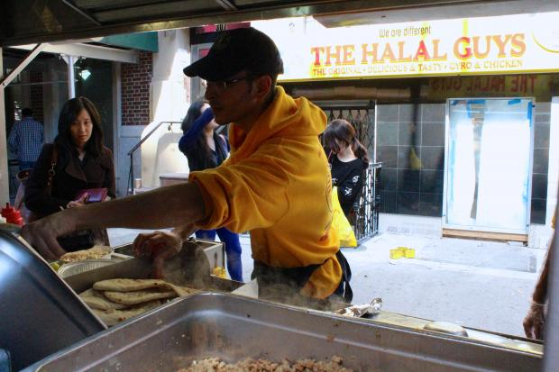 The Halal Guys foot cart chain will be adding a storefront to its business in November.