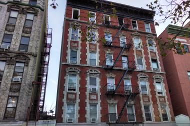 A fire scorched the top floor of an East Second Street apartment building Thursday morning, the FDNY said.