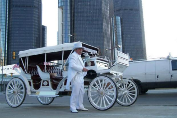 Detroit-based Andre's Carriage Tours and real estate developer Steve Nislick propose alternatives to horse-drawn carriages.