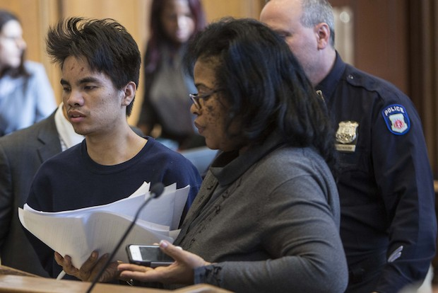 Chen Mingdong, 25 at shows up to Brooklyn Criminal Court on Monday for a courth appearance on Monday, October 28, 2013   after being charged with murdering his cousin's wife and children in Sunset Park, Brooklyn on Satruday.