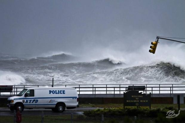 A photographer who captured a famous image of Hurricane Sandy will show other photos at a show this month.