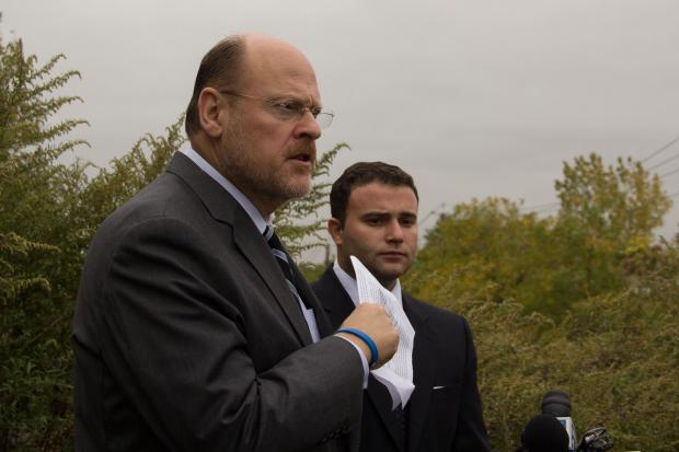 Joe Lhota and Assemblyman Joe Borelli called on the city to open the roads inside Freshkills Park for drivers to help alleviate traffic.