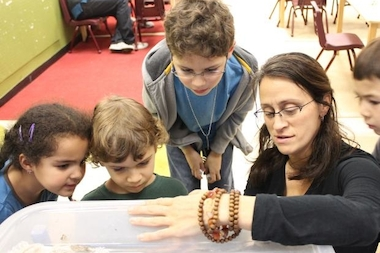 Storefront Science will be holding weekly workshops at schools in Washington Heights and Inwood beginning in January.